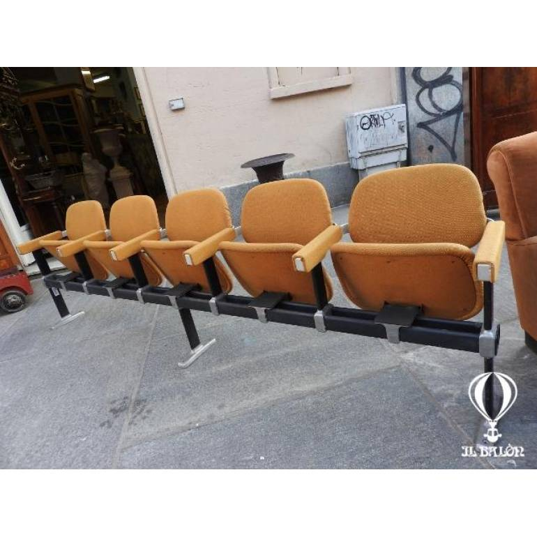 Poltroncine Da Sala Dattesa.Sedie Da Cinema Modernariato Design Sedie Da Sala D Attesa
