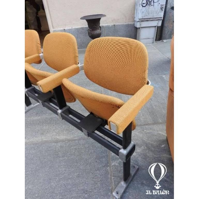 Sedie Sala D Attesa Usate.Sedie Da Cinema Modernariato Design Sedie Da Sala D Attesa