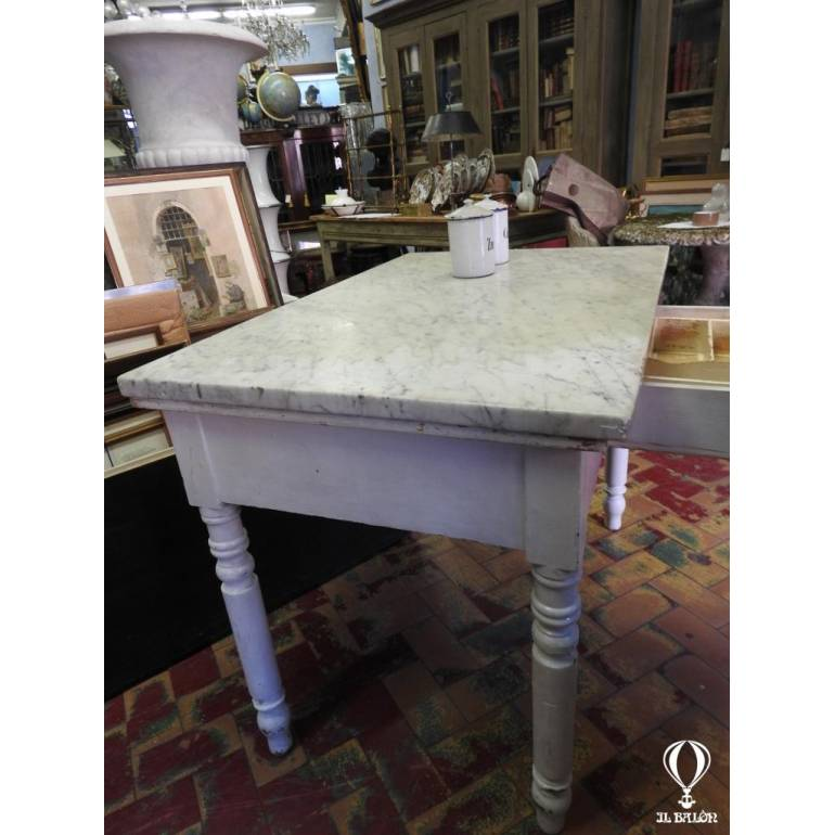 Vecchio Tavolo Cucina.Antico Tavolo Da Cucina Dell 800 Con Piano Marmo Bianco