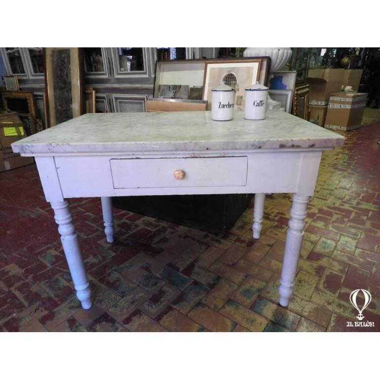 Tavolo Antico Bianco.Antico Tavolo Da Cucina Dell 800 Con Piano Marmo Bianco