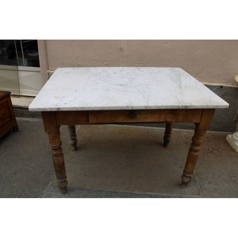 Antico Tavolo Con Piano In Marmo Bianco Degli Inizi Del 900 Il Balon