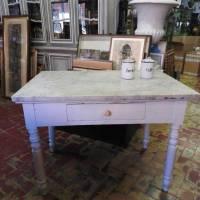 Tavolo Da Cucina Con Piano In Marmo Usato.Antico Tavolo Da Cucina Del 900 Con Piano Marmo Bianco